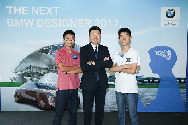 The champion of 10-12 year-old category – Tsoi Ho Yin taking pictures in BMW Welt, Museum and Plant in Munich.